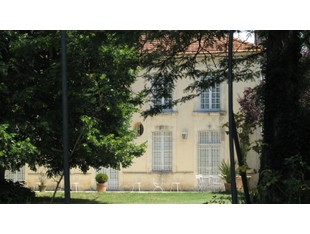 Casa Unifamiliar for sales at Private mansion in a peaceful setting  Other Aquitaine, Aquitania 33260 Francia