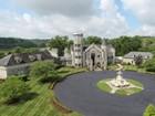 一戸建て for  sales at Castle in East Tennessee 191 Degrasse Drive Johnson City, テネシー 37601 アメリカ合衆国