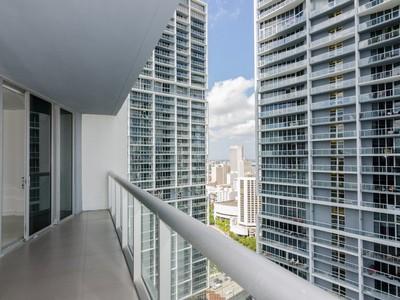 Condomínio for sales at Icon Brickell 495 Brickell Ave #3508  Miami, Florida 33131 Estados Unidos