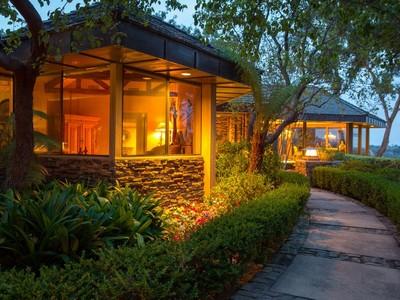 Casa Unifamiliar for sales at 5265 La Glorieta   Rancho Santa Fe, California 92067 Estados Unidos