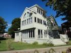 Villa for  sales at 155 Ocean Avenue   West Haven, Connecticut 06516 Stati Uniti