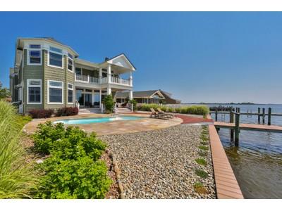 단독 가정 주택 for sales at Spectacular Bayfront Custom Home 117 Pershing Boulevard Lavallette, 뉴저지 08735 미국