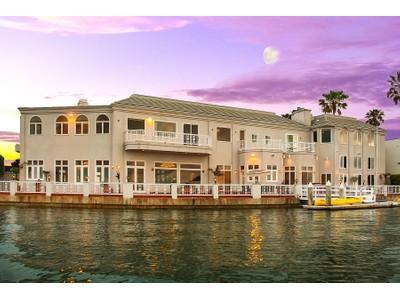 Nhà ở một gia đình for sales at 3 The Point  Coronado, California 92118 Hoa Kỳ