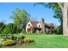 Maison unifamiliale for  sales at Exquisite and Sunny Norman Tudor 48 Chesterfield Rd Scarsdale, New York 10583 États-Unis
