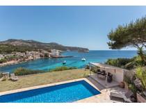 一戸建て for sales at Seafront villa with superb views in Sant Elm  Port Andratx, マヨルカ 07159 スペイン