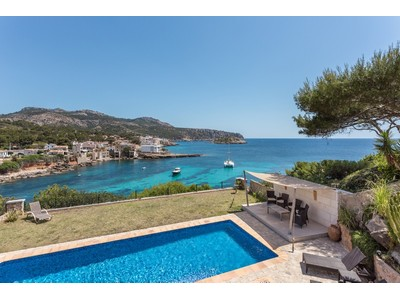 Einfamilienhaus for sales at Villa in erster Meereslinie in Sant Elm  Port Andratx, Mallorca 07159 Spanien