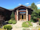 Частный односемейный дом for sales at Custom Retreat 22370 White Peaks Dr Bend, Орегон 97702 Соединенные Штаты