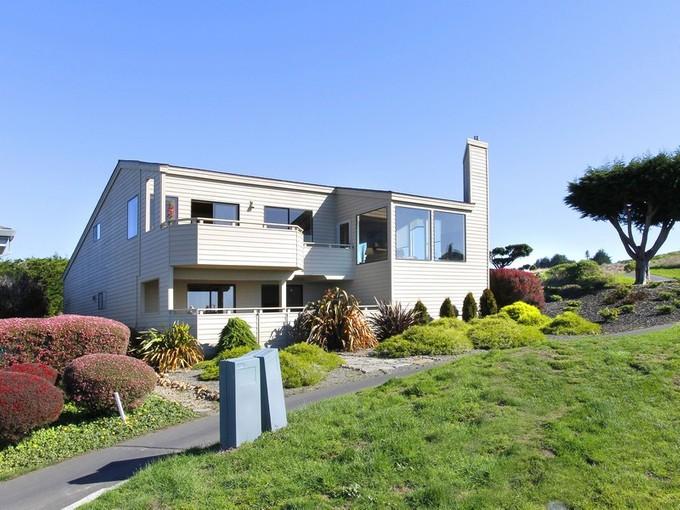 Casa para uma família for sales at 20700 Wren Court   Bodega Bay, Califórnia 94923 Estados Unidos