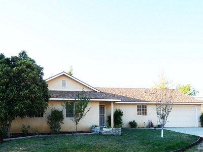 Einfamilienhaus for sales at A CLASSIC COUNTRY HOME 5735 Ground Squirrel Hollow Paso Robles, Kalifornien 93446 Vereinigte Staaten