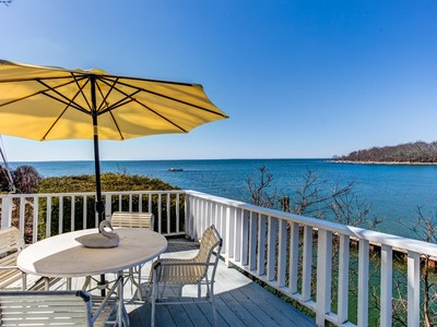 Vivienda unifamiliar for sales at Waterfront Home with Breathtaking Views 109 Hillcrest Road Old Lyme, Connecticut 06371 Estados Unidos