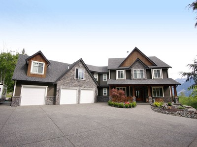Nhà ở một gia đình for sales at Luxury Country Estate 49928 Elk View Road Chilliwack, British Columbia V4Z1A5 Canada
