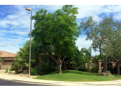 Villa for sales at Light & Bright Resort Style Home in Gated Crown Point 7700 E Princess Drive #14 Scottsdale, Arizona 85255 Stati Uniti