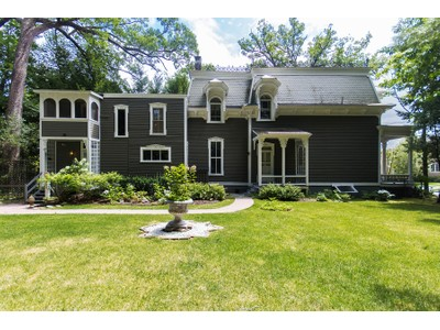 Einfamilienhaus for sales at Saratoga Springs Victorian 35 Greenfield Avenue Saratoga Springs, New York 12866 Vereinigte Staaten