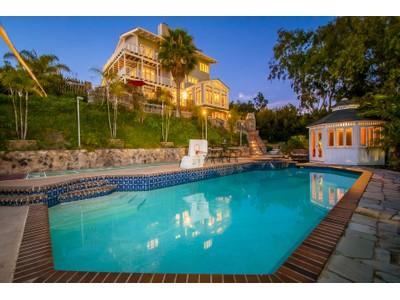Maison unifamiliale for sales at 380 Dollimore Road   Encinitas, Californie 92024 États-Unis