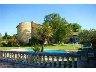 Nhà ở nhiều gia đình for sales at UZES, MAGNIFIQUE MAS DANS ÉCRIN DE VERDURE  Uzes, Languedoc-Roussillon 30700 Pháp