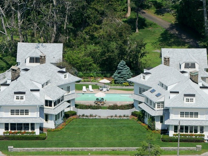 Maison unifamiliale for sales at 61 Middle Beach Rd  Madison, Connecticut 06443 États-Unis