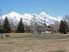 Condomínio for sales at Charming and Private Getaway 430 E. Sagebrush Dr Rimrock D North Jackson Hole, Wyoming 83001 Estados Unidos