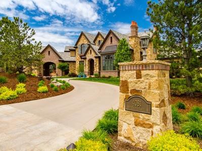 Maison unifamiliale for sales at 4081 Preserve Parkway  Greenwood Village, Colorado 80121 États-Unis