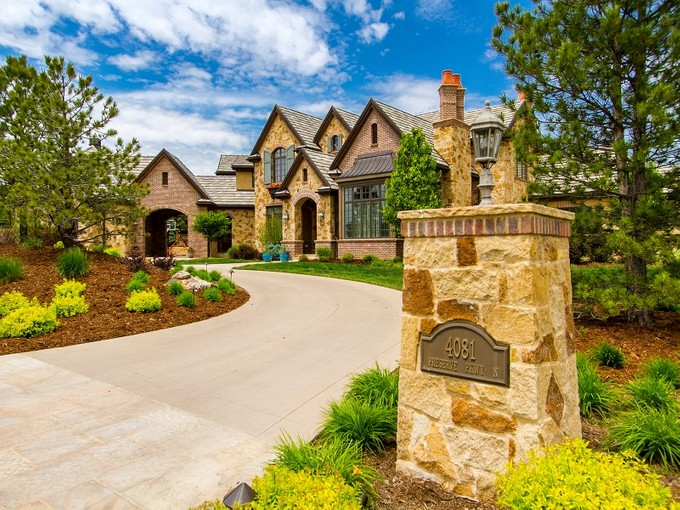 Частный односемейный дом for sales at 4081 Preserve Parkway  Greenwood Village, Колорадо 80121 Соединенные Штаты