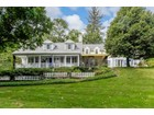 Nhà ở một gia đình for sales at Updated Colonial in Edgemont 120 Underhill Road Scarsdale, New York 10583 Hoa Kỳ