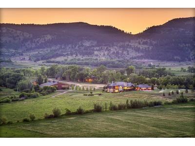 Einfamilienhaus for sales at 4 Rockin' G Ranch 10809 North 49th Street Longmont, Colorado 80503 Vereinigte Staaten