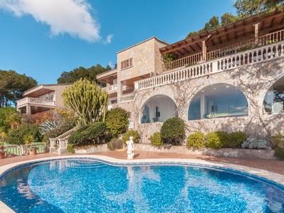 Casa para uma família for sales at Villa with stunning sea views in Costa d´en Blanes  Costa Den Blanes, Palma De Maiorca 07181 Espanha
