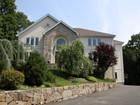 Maison unifamiliale for  rentals at Park Lane Rental 8 Stonewall Circle West Harrison, New York 10604 États-Unis