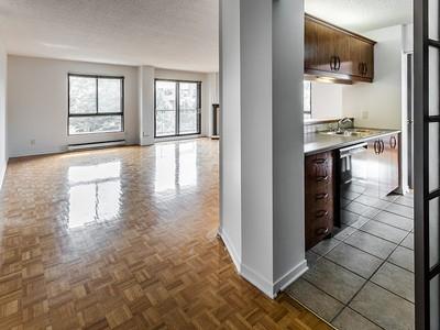 Einfamilienhaus for sales at Montréal   Downtown 525 Rue Lucien-L'Allier, app. 301 Montreal, Quebec H3C4L3 Kanada