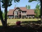 Einfamilienhaus for sales at Beautiful 35 Acre Gated Estate 680 Lakeview Drive Brooks, Georgia 30205 Vereinigte Staaten