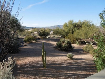 Maison unifamiliale for sales at Fabulous Carefree Location with Great Arizona Views 7601 E Nonchalant Ave Carefree, Arizona 85377 États-Unis