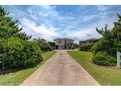 Nhà ở một gia đình for sales at 409 S Anderson  Topsail Beach, Bắc Carolina 28445 Hoa Kỳ