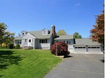 Einfamilienhaus for sales at Storybook Setting 32 Overlook Drive   Ridgefield, Connecticut 06877 Vereinigte Staaten