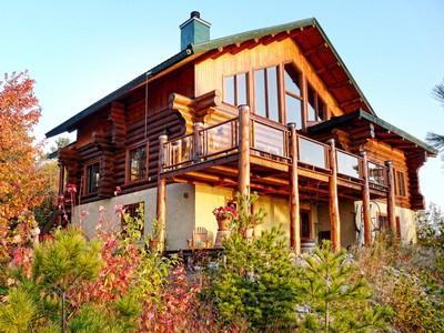 一戸建て for sales at Charlevoix 1526, chemin du Ruisseau-Jureux  Saint-Irenee, ケベック G0A1V0 カナダ
