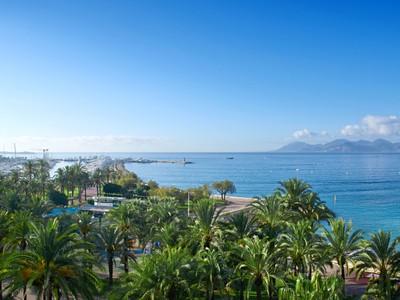 アパート for sales at Luxurious apartment for sale with panoramic sea view on the Croisette La Croisette Cannes, プロバンス=アルプ=コート・ダジュール 06400 フランス