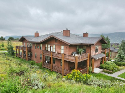Condominium for sales at Great Location at the Top of the Hill 8450 Gambel Dr #R-1  Park City, Utah 84098 United States