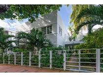 Stadthaus for sales at Claris Condo 234 Meridian Ave. Unit 2   Miami Beach, Florida 33139 Vereinigte Staaten