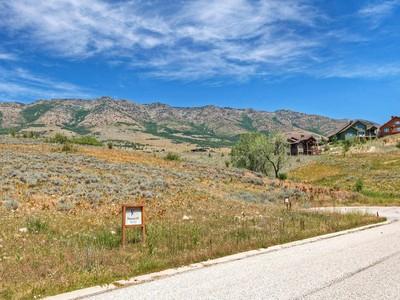 Đất đai for sales at Eagles Landing at Wolf Creek 5436 E Eagles Landing  Eden, Utah 84310 Hoa Kỳ