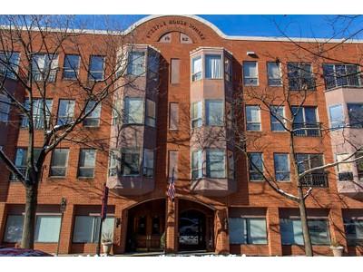 Condominio for sales at Steeple House 110 N Duke St Unit 303 Lancaster, Pennsylvania 17602 Estados Unidos