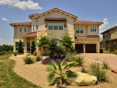 Nhà ở một gia đình for sales at 316 Martinique Pass  Lakeway, Texas 78734 Hoa Kỳ