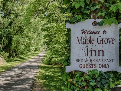 Villa for sales at Maple Grove Inn 8800 Westland Drive Knoxville, Tennessee 37919 Stati Uniti