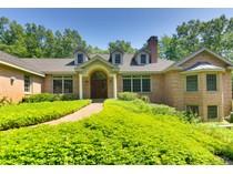 Maison unifamiliale for sales at Woodside 9 Woodside Road   Harvard, Massachusetts 01451 États-Unis