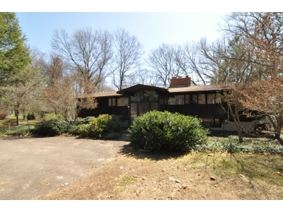 Single Family Home for sales at 113 Oak 113 Oak Road Concord, Massachusetts 01742 United States