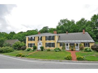 Vivienda unifamiliar for sales at Museum Quality Antique Home 1 Main Street Francestown, Nueva Hampshire 03043 Estados Unidos