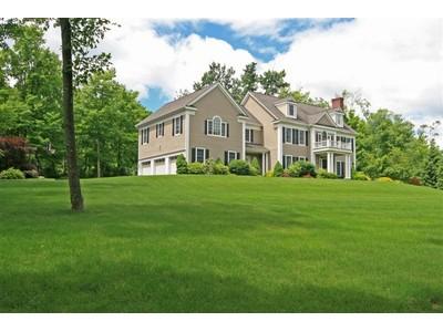 Villa for sales at Elegant Custom Home 7 Canterbury Lane Ridgefield, Connecticut 06877 Stati Uniti