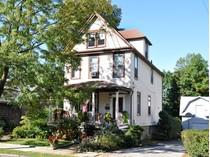 独户住宅 for sales at Farm House 11 Chestnut Avenue   Pelham, 纽约州 10803 美国