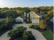 Maison unifamiliale for sales at Stunning Terrell Hills Home 305 Lilac Ln   San Antonio, Texas 78209 États-Unis