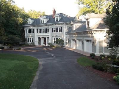 Nhà ở một gia đình for sales at Pine Lake 5373 State Road 83 Hartland, Wisconsin 53029 Hoa Kỳ