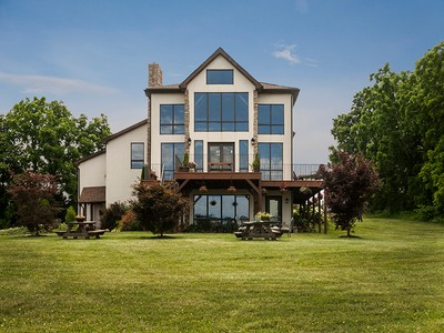 Villa for sales at Boyertown 282 Woodside Drive Boyertown, Pensilvania 19547 Stati Uniti