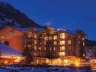 Appartement en copropriété for sales at Ski In, Ski Out Condominium 3335 W. Village Drive Unit 301 Teton Village, Wyoming 83025 États-Unis