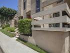 Condomínio for sales at 7909 Caminito Dia  San Diego, Califórnia 92122 Estados Unidos